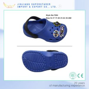 EVA Cute Kids Clogs, Summer Child Clog with Rubber Charms Decoration pictures & photos