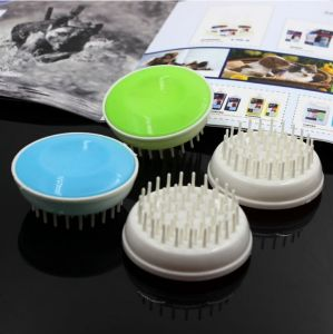 Beautiful Plastic Pet Bath Brush pictures & photos