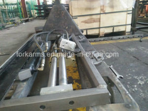 1-16t Fork Positioner Forklift Attachment pictures & photos