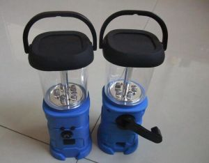 Hand Crank Dynamo Lantern with Solar pictures & photos