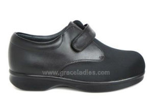Elastic Health Diabetic Shoes Unisex Bunions Shoes pictures & photos