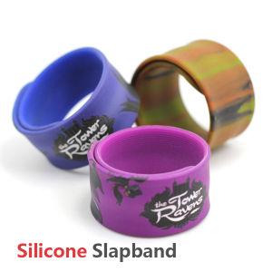 Custom Cartoon Printing Logo Silicone Slap Bracelet Wristband pictures & photos