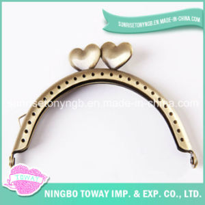 Lead-Free Light Golden Color Metal Clutch Purse Frame for Bag pictures & photos
