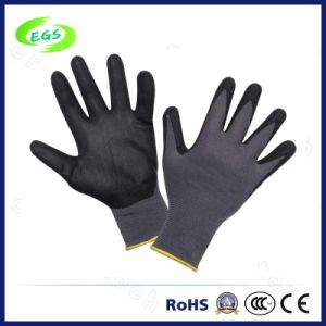 Hot Selling Cutting Resistant Gloves with Good Quality pictures & photos