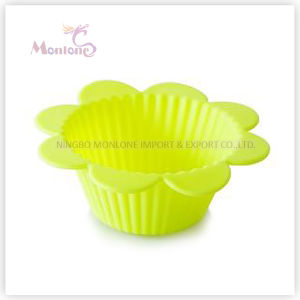 FDA & LFGB Bakeware Flower-Shaped Baking Silicone Cake Cup pictures & photos