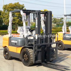 Forklift 5ton Equipped with Isuzu Engine pictures & photos
