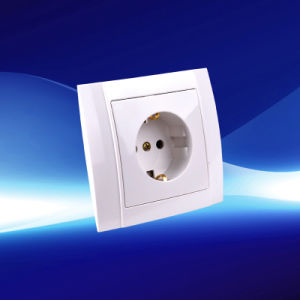 1 Gang Wall Socket with Earthing 250V 16A (YW2506)