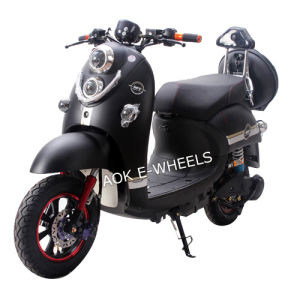 Racing Electric Motorbike with Double Lights (EM-011) pictures & photos