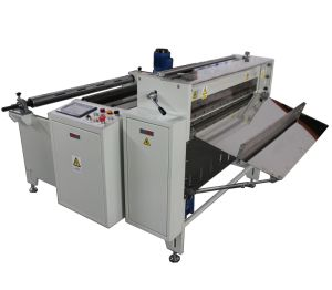 PVC Roll to Sheet Cutting Machine pictures & photos