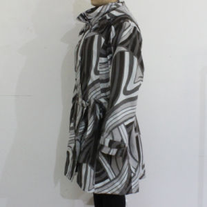 Black and White Geometric Pattern Hooded PVC Raincoat for Woman pictures & photos