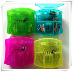 Office Plastic Mini Stapler Set for Promotional Gift (OI18043) pictures & photos