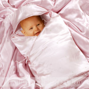 100% Silk Wrap Swaddle Blanket for 0-6 Months pictures & photos