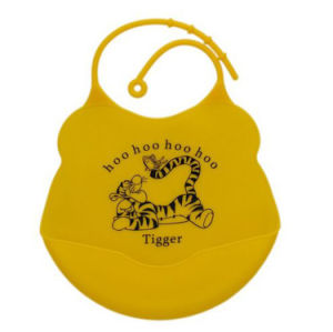 Cute Food Grade Waterproof Big Pocket Soft Silicone Baby Bib pictures & photos