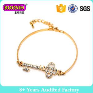 Alloy Gold Wire Adjustable Key Fashion Bracelet pictures & photos