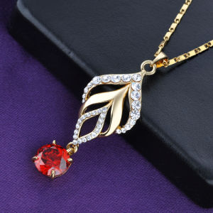 Gold Jewelry Leaf Shaped Crystal Necklace for Women pictures & photos