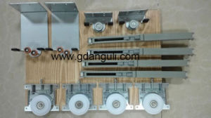 Steel Wardrobe Sliding Door Roller and Sliding System (DH-005) pictures & photos