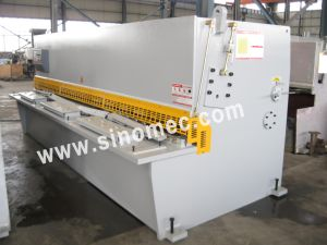 Guillotine Shear/ Cutting Machine / Hydraulic Shear Machine (QC12Y-10X3200) pictures & photos
