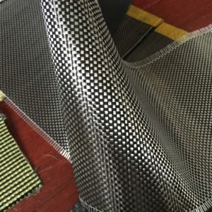 Red and Black Kevlar Carbon Fiber Cloth pictures & photos