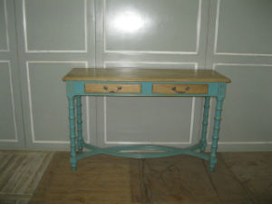 Functional and Original Side Table Antique Furniture with Drawers pictures & photos