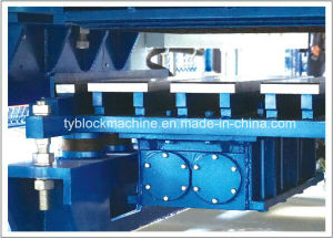 Hollow Block Making Machine pictures & photos