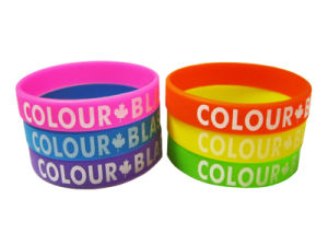 Promotional Colorful Factory Direct Logo Printed Silicone Rubber Wristbands pictures & photos