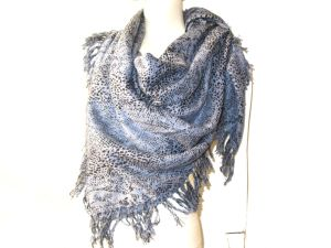 Cashmere Wool Blended Woven Square Shawl Animal Print pictures & photos