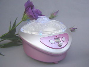 Ultrasonic Aromatherapy Atomizer for Indoor pictures & photos