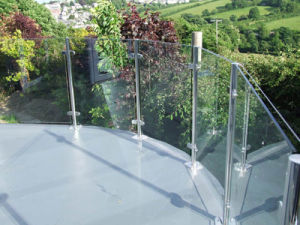 Aluminium U Channel Stair Glass Railings pictures & photos