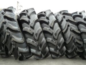 High Grip Tractor Tire Rice and Grain Combine Tyre 19.5L-24 18.4-34, 18.4-30 R2 pictures & photos