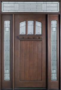Solid Wooden Door with Novel Style pictures & photos