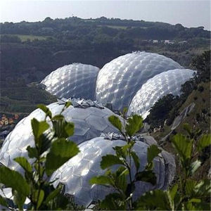Large Outdoor Tent Windproof Waterproof Geodesic Dome Greenhouse with PVC Cover pictures & photos