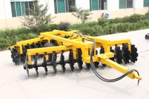 Good Price Heavy-Duty Disc Harrow 1bz-1.8 for 80HP Tractors pictures & photos