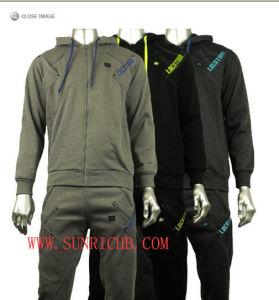 Men′s Jogging Set (H03010) pictures & photos
