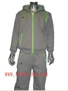 Jogging Set (H03011) pictures & photos