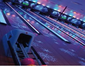Bowling Equipment Bowling Lane (glow-in-dark) pictures & photos