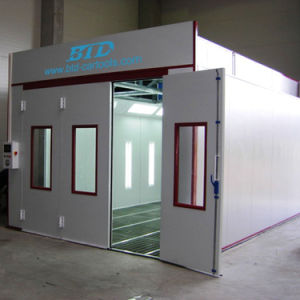 Btd9900 High Quality Car Spray Booth Auto Paint Bake Oven for Sale pictures & photos