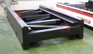 1kw Metal Ipg Fiber Laser Cutting Machine Factory Price GS-3015 pictures & photos