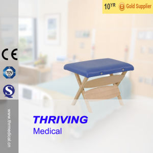 Wooden Portable Stool (THR-WST001) pictures & photos
