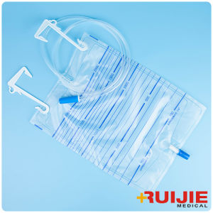 Medical Disposable Urine Drainage Bag with Hangers pictures & photos