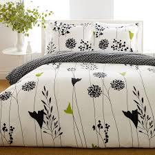 100% Bedding Sets with Low Price pictures & photos