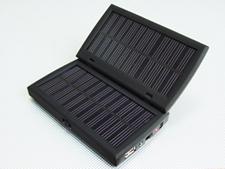 Solar Charger for Mobile Phone,MP3,MP4,DC 2.2800mah Li-Polymer Battery 3.1.54w Solar Panel 4.4.5v/5v/6.3v/9v Output