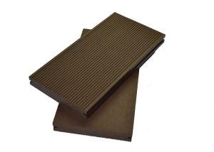 Durable Waterproof Composite Outdoor Flooring / Luxury Decking Planks pictures & photos