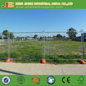 Galvanized Temporary Fence with Plastic Base Made in China pictures & photos