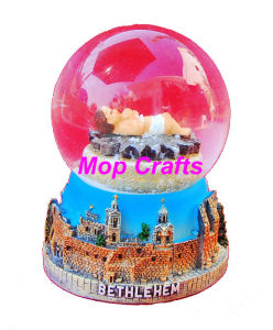 Polyresin Nativity of Snow Globe Religious Water Ball Crafts pictures & photos