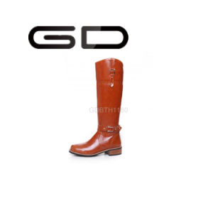 Gd Women Flat Knee High Boots with Buckle for 2017 pictures & photos