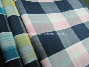 Cotton Yarn Dyed Poplin Check Fabric for Shirts pictures & photos