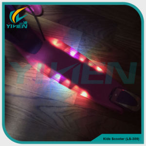 Kids 3 Wheel Kick Scooter Plastic Children Scooter with LED Light and Music pictures & photos