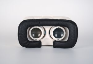 Personal Private Cinema Bluetooth Video Glasses pictures & photos
