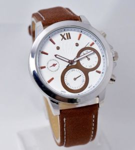 Japan Biquartz Movement Brown Leather Wristband Alloy Case Watch pictures & photos