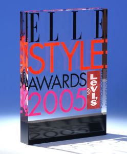 Customize Wholesale New Clear Acrylic Recognition Award Employee Trophy pictures & photos